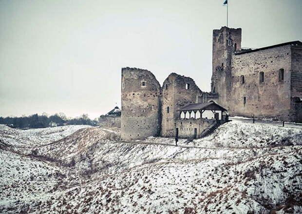 Раковорский замок в современном эстонского городе Раквере