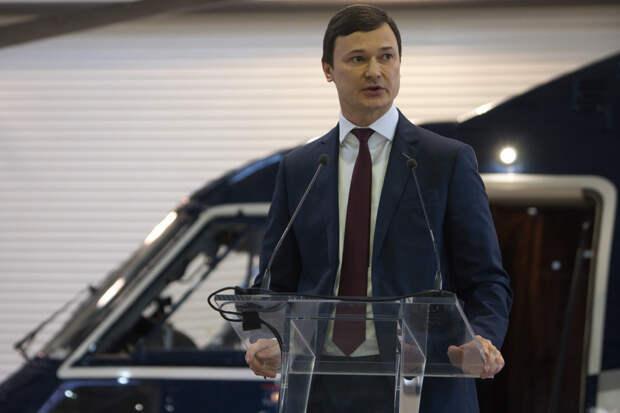 20 снимков о том, как в Казани передали летчикам новый вертолет VIP-класса, где есть даже туалет