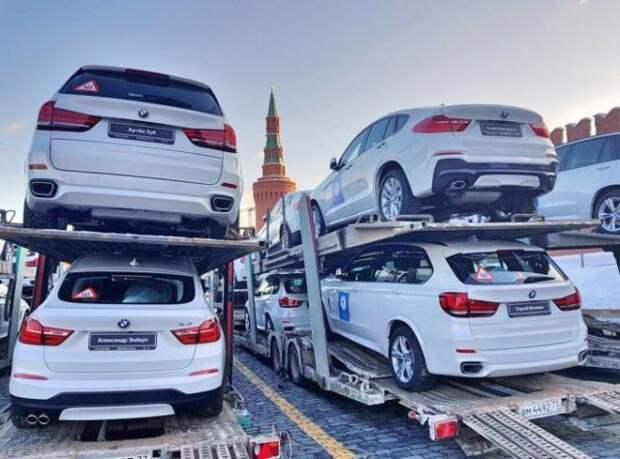 Медалисты Олимпийских игр получат новенькие BMW на Красной площади