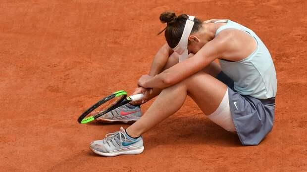 Кудерметова взяла первый сет, нопроиграла эстонке Канепи. На«Ролан Гаррос» осталось 2 россиянки
