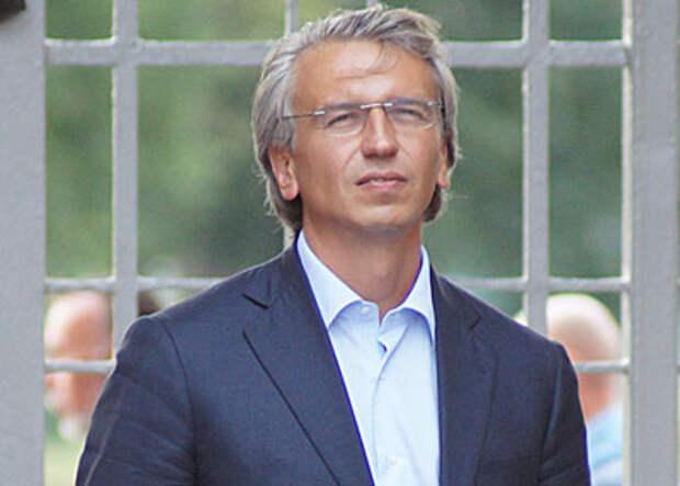 Александр Дюков огласил задачу сборной России на предстоящем Евро-2020 и осудил вариант формы Украины – «это посыл к расколу»