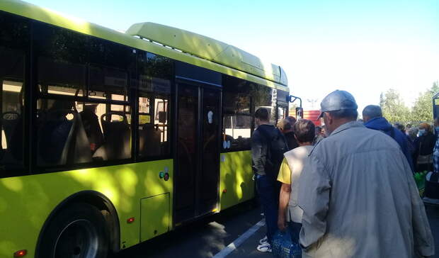 ВОренбурге наРадоницу возникла острая нехватка общественного транспорта