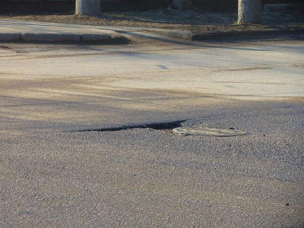 В Самаре разваливаются дороги, отремонтированные на «платоновские» деньги