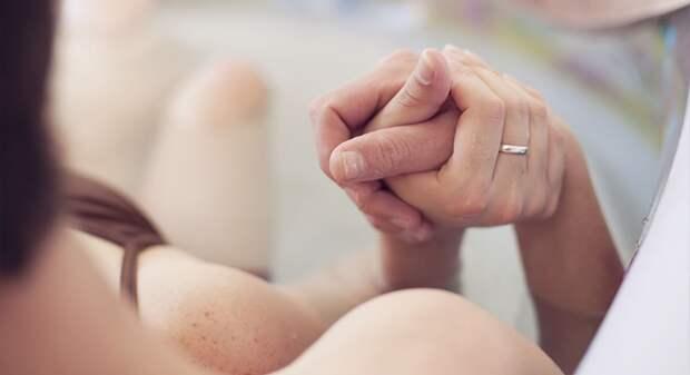 Плюсы и минусы партнерских родов: как определить готовность мужа