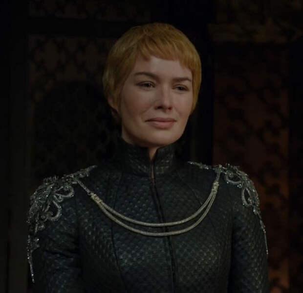 Костюмные [почти] Понедельники: Возвращение королевы!