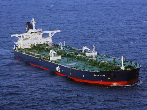 В 2011 году пираты региона захватывали 176 судов, а в 2012 - 36