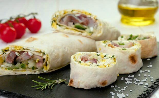 Селедка по-шведски: заворачиваем скандинавский бутерброд с рыбой