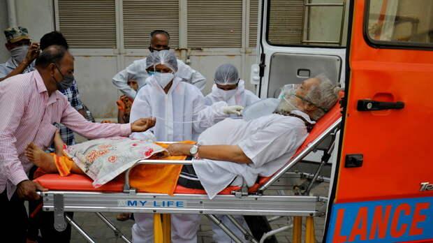 В Индии за сутки выявили более 368 тысяч случаев коронавируса