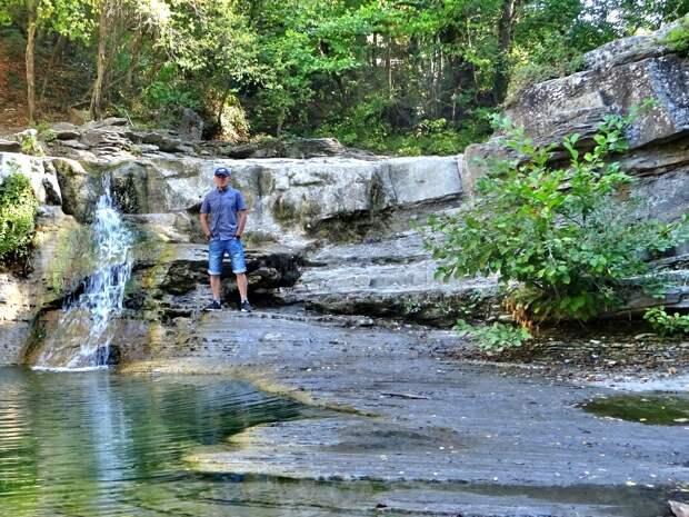 Поездка к Грозовым Воротам. Гора Абин. Начало - дольмен, водопад, горы...