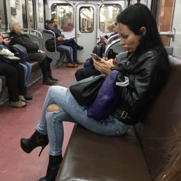 Модные пассажиры метрополитенов