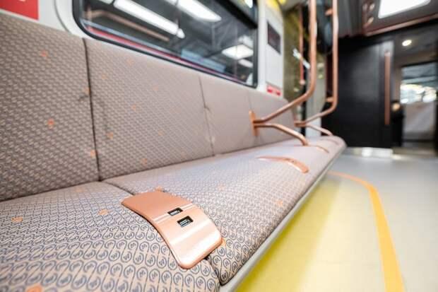 Обновление поездов Кольцевой линии метро завершилось в Москве