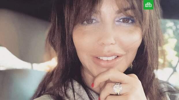Тяжелобольная Алиса Казьмина лишилась волос во время комы