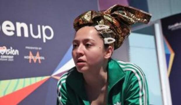 «Только не плачь!»: Провалившейся Маниже потреблялась помощь психотерапевта
