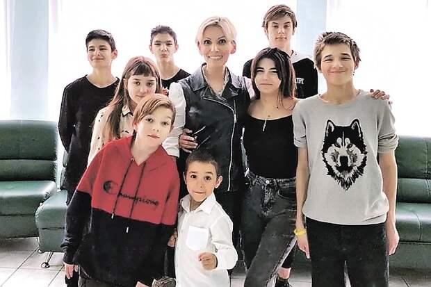Москвичка Светлана Савельева: У меня 13 детей, внучка, а я нашла мужа-итальянца в 48 лет!