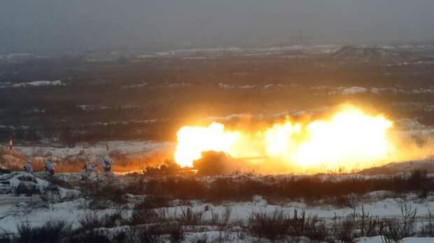 Россия проведёт операцию по принуждению Украины к миру: Леонков про обострение в Донбассе
