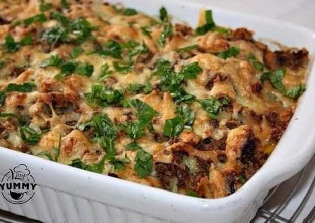 Чудесная картофельная запеканка с грибами и фаршем