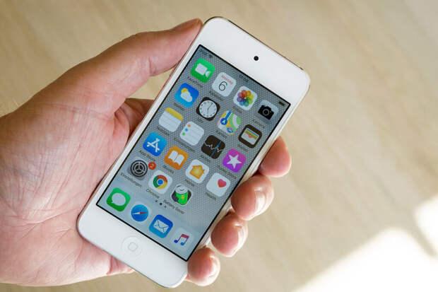 Apple «похоронила» iPhone SE