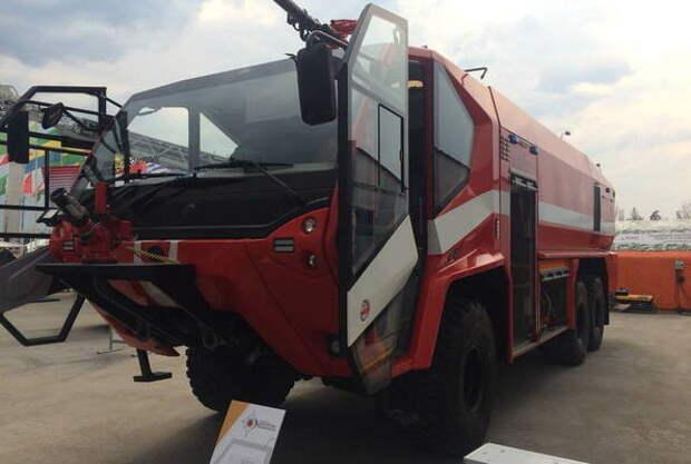В России разработали 700-сильную пожарную машину для аэродромов