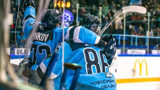 «Второй Мавроди». Как российских хоккеистов «развели» на миллионы в финансовой пирамиде