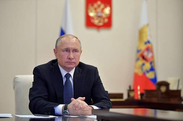 Путин поздравил с Днём Победы лидеров стран СНГ и граждан Украины