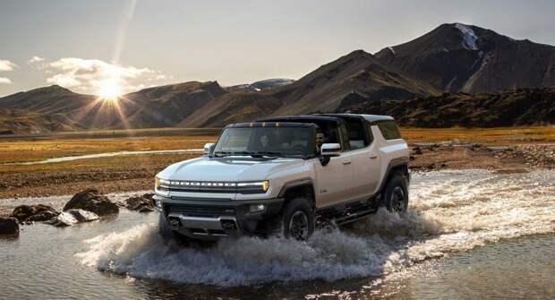 General Motors объяснил, почему внедорожник Hummer EV не такой мощный, как пикап