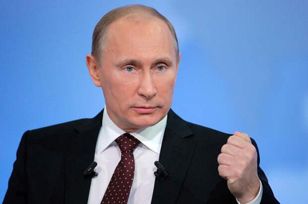 Путин подписал законы об усилении ответственности за реабилитацию нацизма