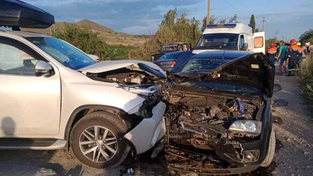 В Коктебеле в серьезном ДТП с двумя иномарками пострадали люди