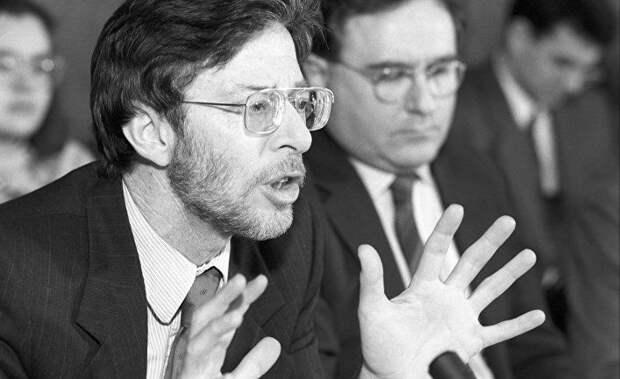 NYT: в США умер известный эксперт по России Стивен Коэн
