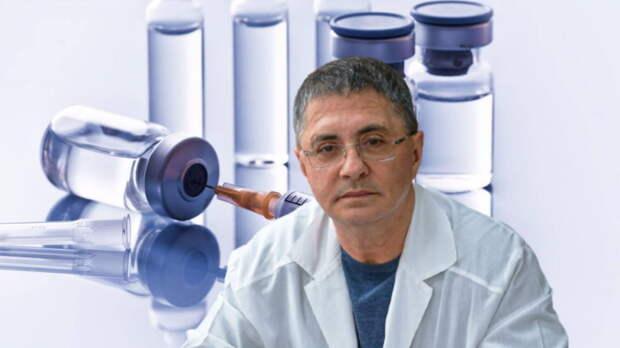 Мясников оценил способность вакцины защитить от разных штаммов COVID-19