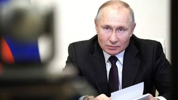 """""""Пусть США и ЕС подгузники меняют"""": О реакции Путина на оскорбление Байдена рассказал блогер"""