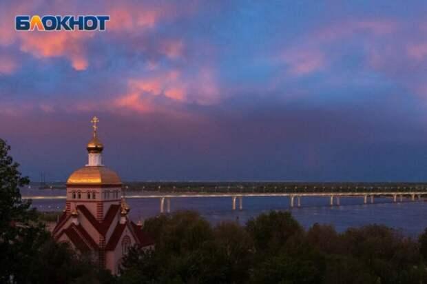 На Волгоградскую область надвигаются шторм и грозовые ливни