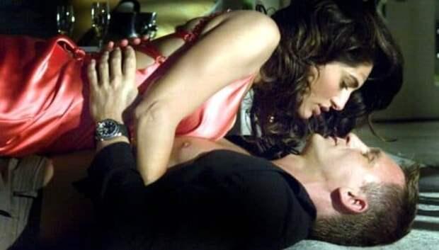 Любовная коллекция Джеймса Бонда: рейтинг любвеобильности разных Агентов 007