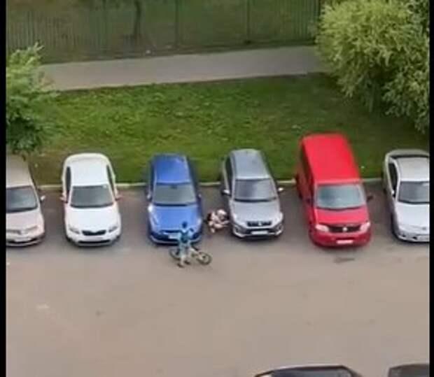 Похитителей колпачков застукали во дворе в Хорошево-Мневниках