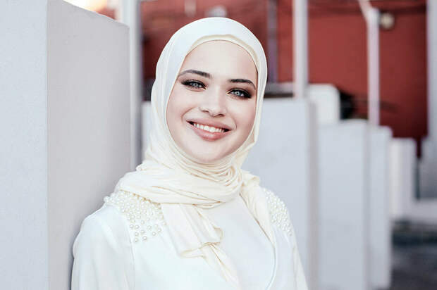 Илона Бисултанова. Что стало с самой красивой чеченской фотомоделью?