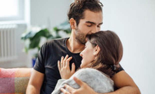 7 сигналов того, что вы ему нравитесь
