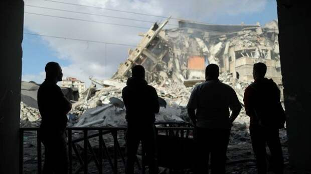 ООН: 10 тысяч палестинцев покинули свои дома всекторе Газа