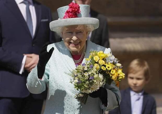 Королеве Елизавете II — 95!