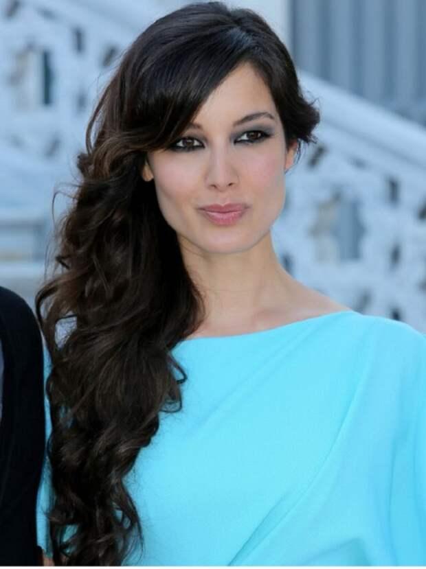 Французская актриса и модель, ставшая известной благодаря роли Северин в 23-м фильме серии «бондианы» «007: Координаты «Скайфолл».