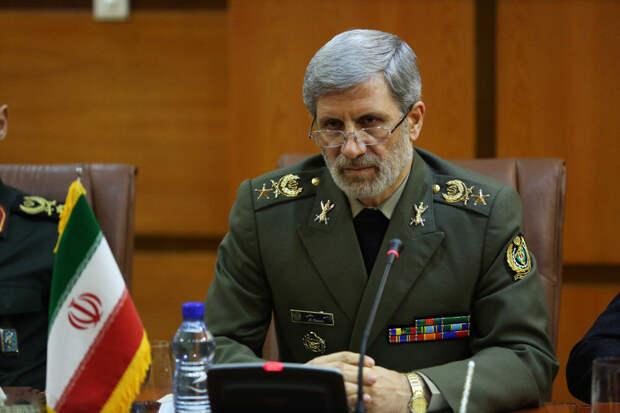 Ход конём. Bloomberg: Иран проведёт учения ВМФ совместно с РФ и КНР