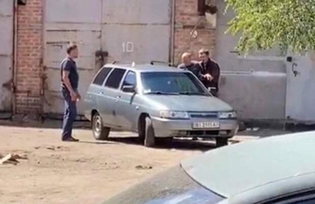 Кучно пошло: На Украине новый вооруженный захват заложников
