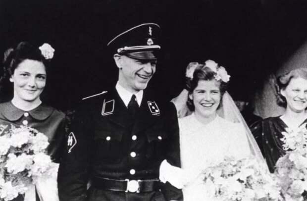 Свадьба и рождение детей - то, к чему следовало стремиться немецкой женщине.