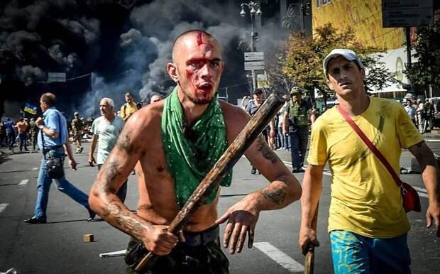 На Украине дали иммунитет украинским радикалам — им можно убивать