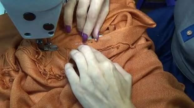 Красивый блузон-накидка из палантина. Готовая простая схема и всего два шва без кроя