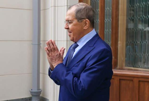 Лавров перечислил мешающие развитию России факторы