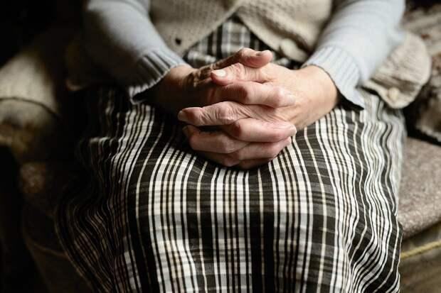 «Вы в Москве своей зажрались»: саратовская пенсионерка резко ответила журналистке