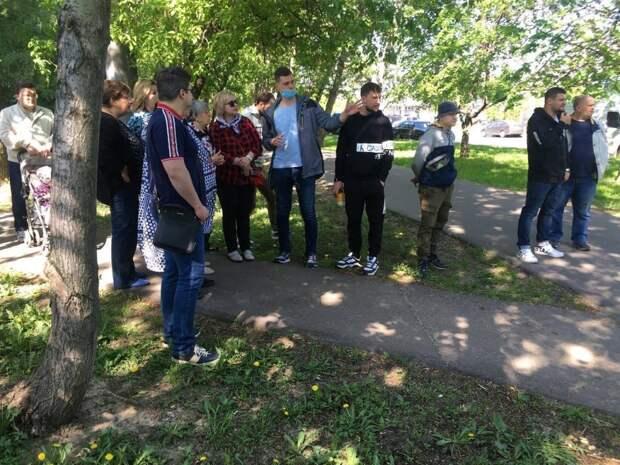 На обходе главы управы Алтуфьева жители внесли ряд предложений по благоустройству