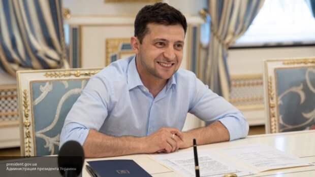Президента Украины Зеленского заподозрили в подделке диплома об образовании