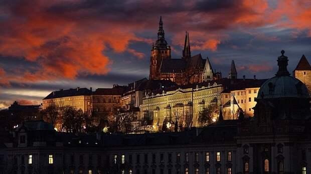 Чехия заявила о возможности некоторых сотрудников посольства РФ вернуться