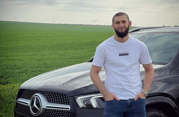 Министр информации ипечати Чечни— озаявлении Чимаева «порвать» Хабиба: «Вспортивном мире это является нормальным комментарием»