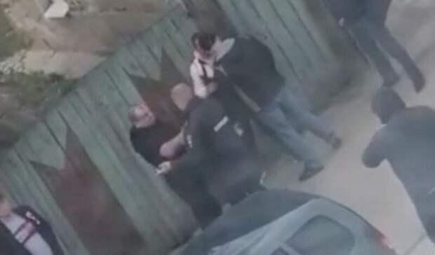 В МВД проверят информацию о бездействии полицейского во время драки в Ельце
